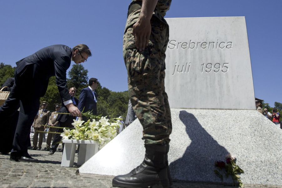 Le Premier ministre serbe Aleksandar Vucic à Srebrenica