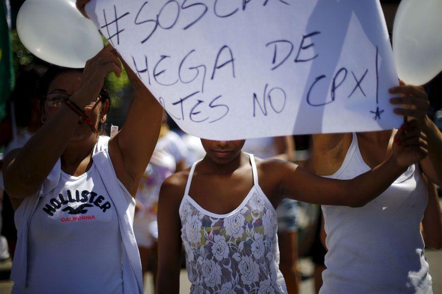 Les Brésiliens dans la rue pour la paix