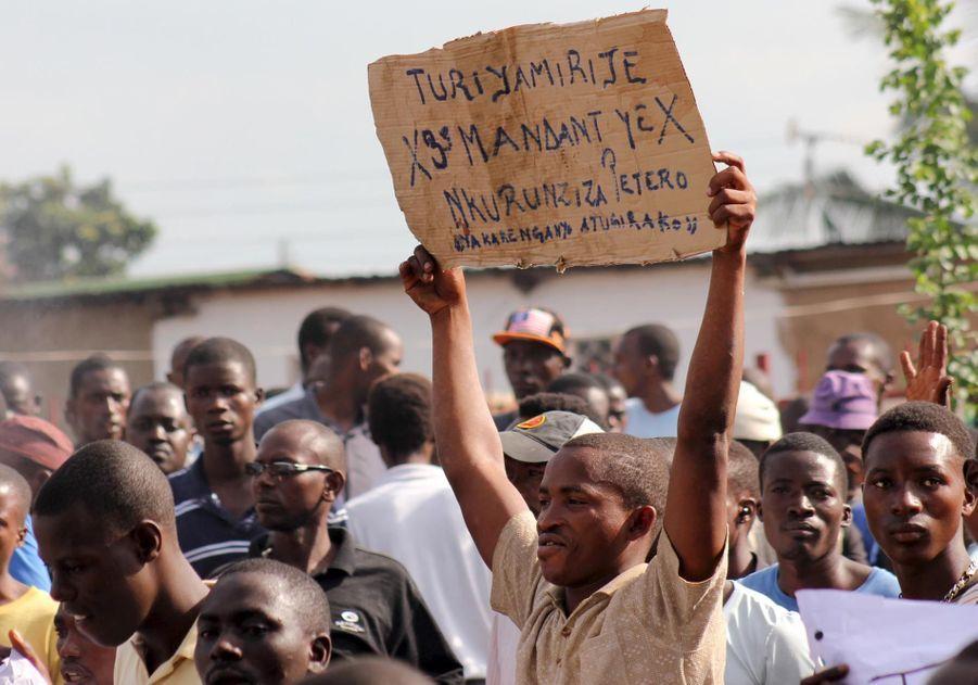 Les Burundais ne décolèrent pas