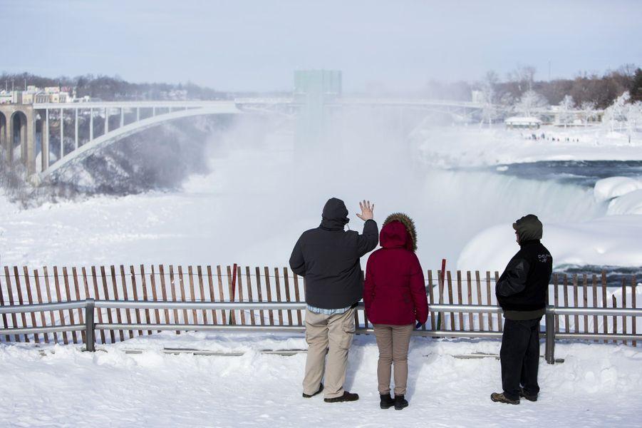 Les chutes du Niagara ont attrapé froid