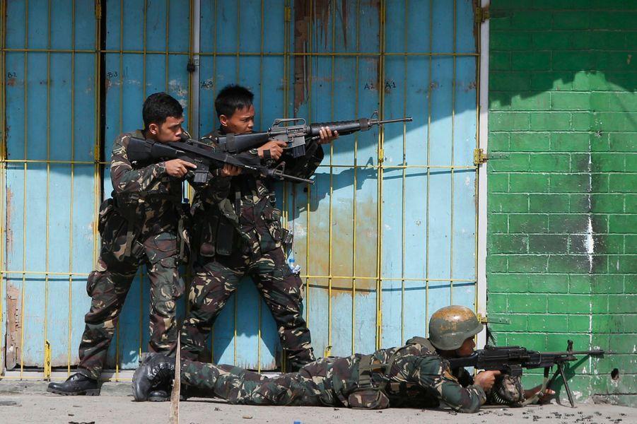 Les Philippines, à feu et à sang