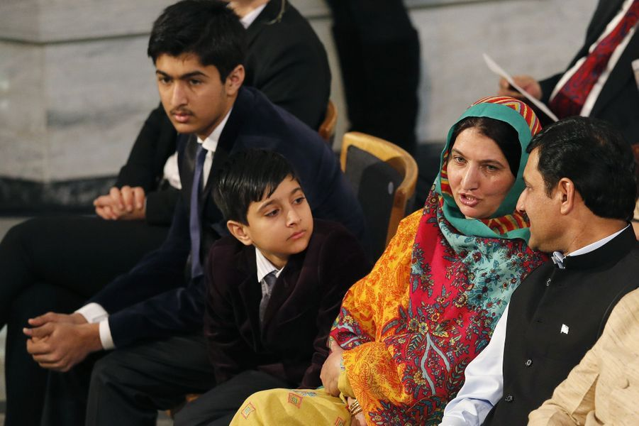 La famille de Malala, qui a reçu le prix Nobel de la Paix ce mercredi à Oslo
