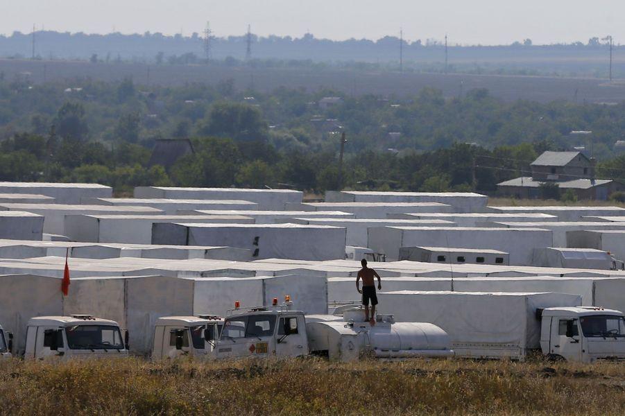 14 août, le convoi est arrivé à une quarantaine de kilomètres de la frontière, à Kamensk-Chakhtinski