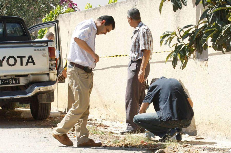 Des inspecteurs sur les lieux du drame