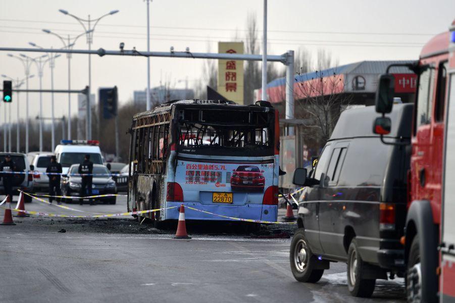 L'incendie du bus a provoqué la mort d'au moins 17 personnes