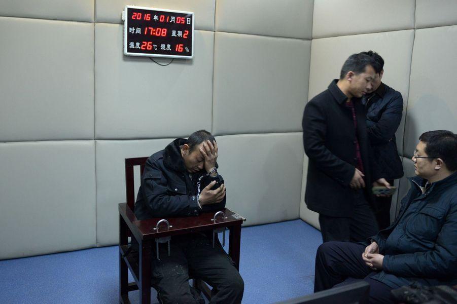 Le suspect interpellé par la police chinoise
