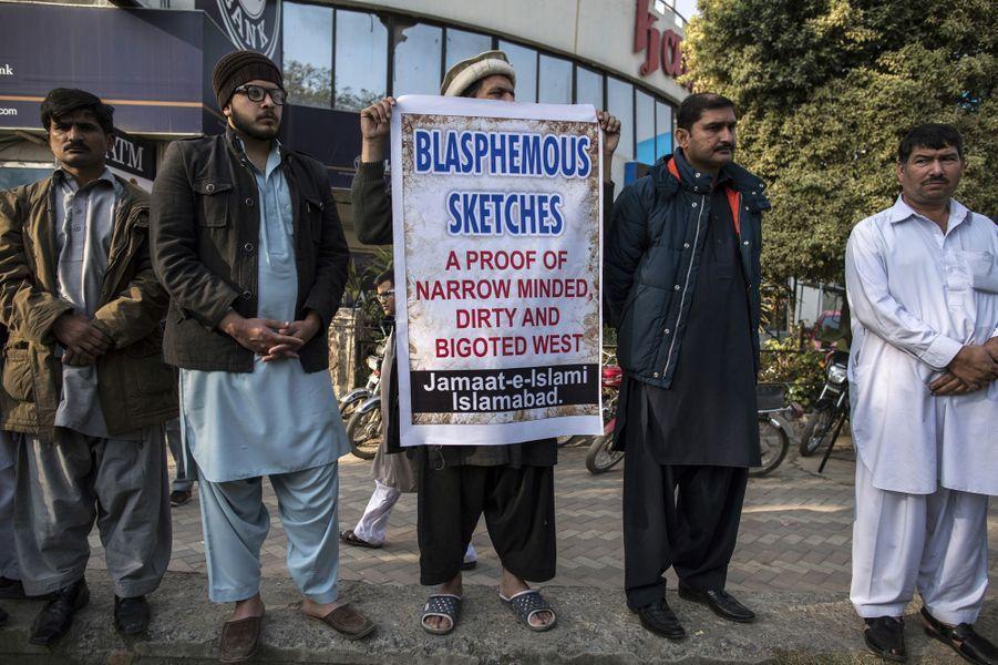 Manifestation contre la nouvelle caricature publiée dans Charlie Hebdo à Islamabad au Pakistan
