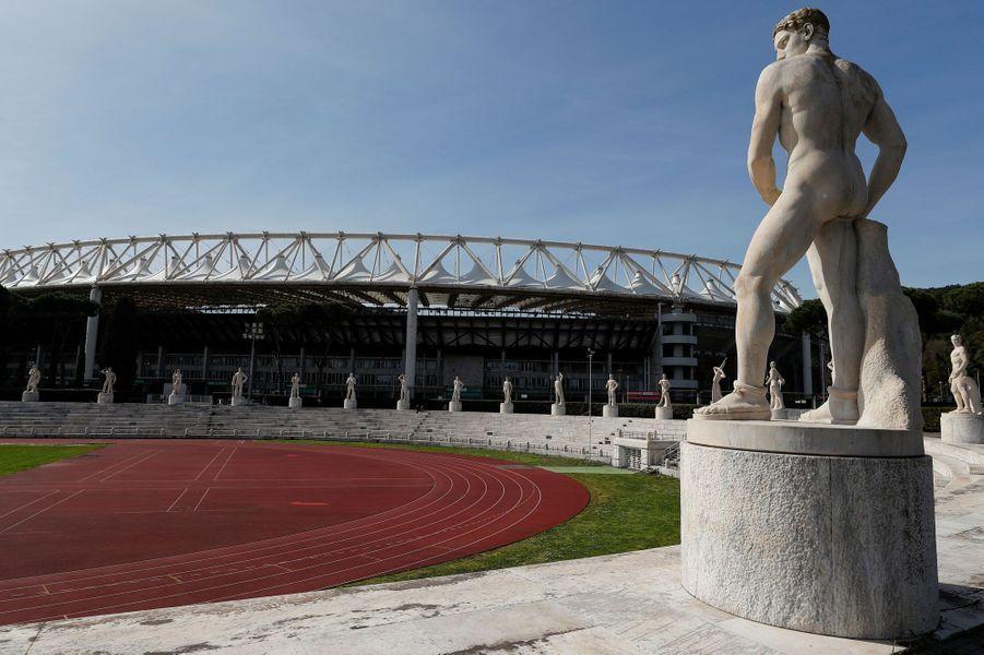 Le stade olympique de Rome, lui aussi déserté.