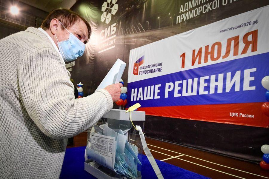 Vote àVladivostok, en Russie, le 25 juin 2020.