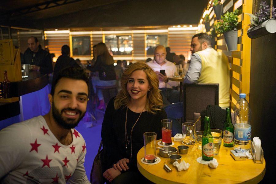 Dans le quartier d'Achrafieh, le Plateau, l'un des rares bars de nuit ouverts dans la ville.