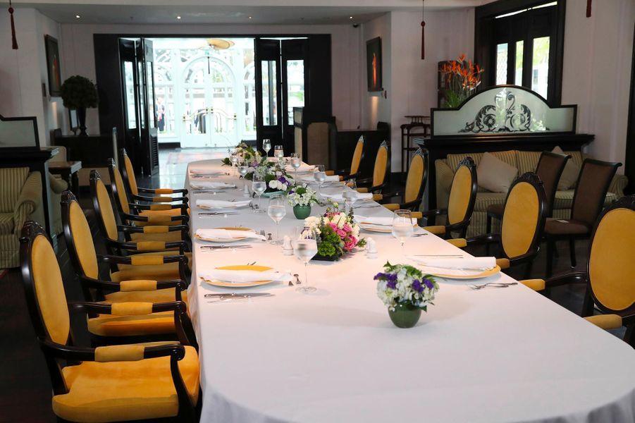 La table à laquelle Donald Trump et Kim Jong-un devaient déjeuner à Hanoï, le 28 février 2019.