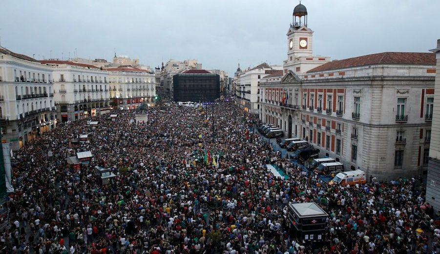 Les Espagnols mobilisés