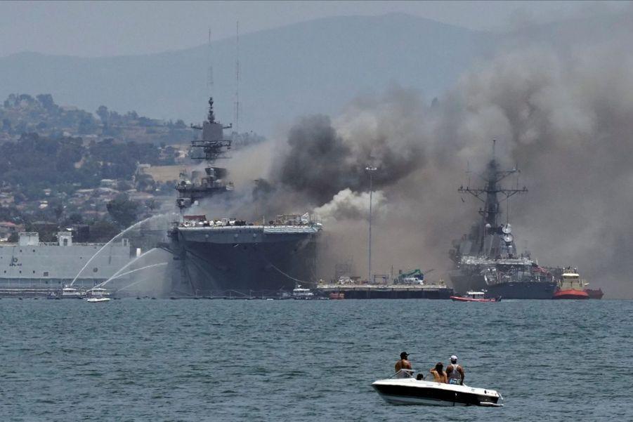 160 marines étaient à bord du bateau.