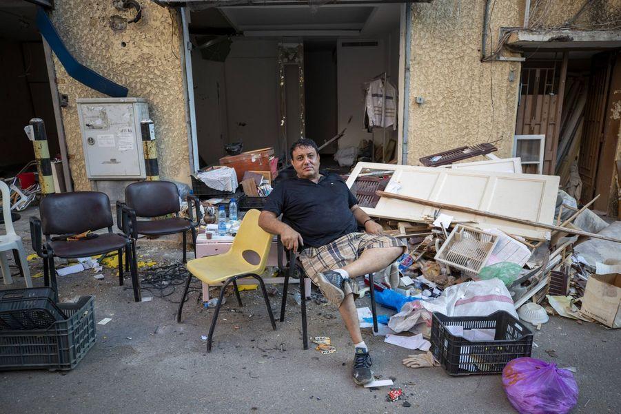 Fares Khalife a perdu son commerce et son logement dans les explosions du 4 août.