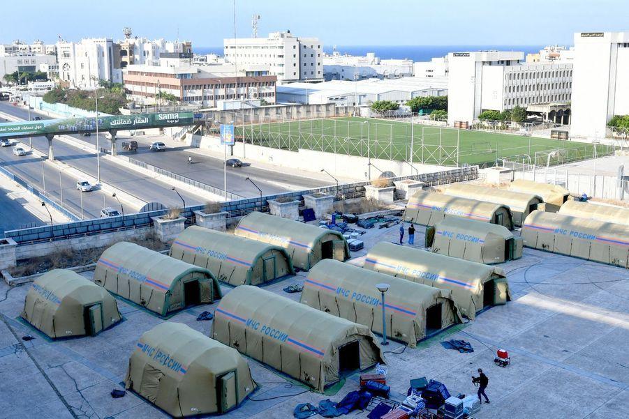 Les tentes russes vont accueillir des victimes.