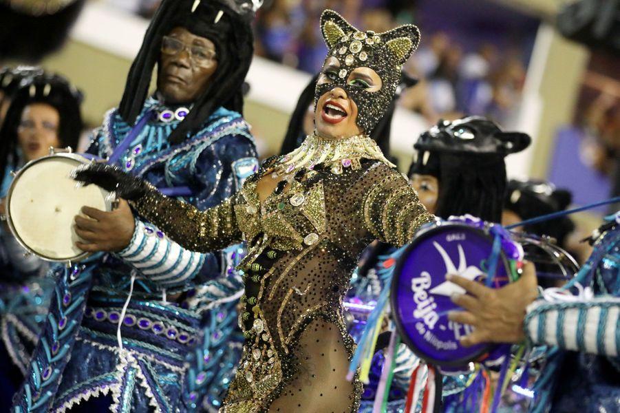 Clin d'oeil à «Catwoman» lors du carnaval de Rio de Janeiro, le 4 mars 2019.