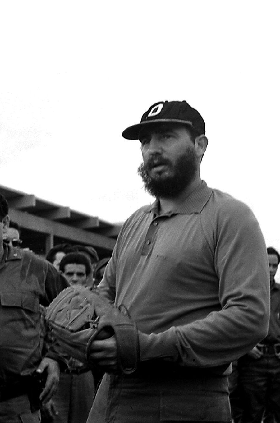 Fidel Castro, photographié en août 1964.