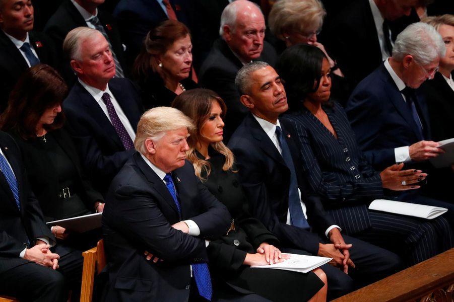 Donald et Melania Trump, Barack et Michelle Obama,Bill et Hillary Clinton et Jimmy Carterà Washington, le 5 décembre 2018.