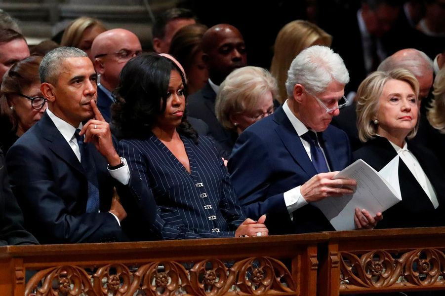 Barack et Michelle Obama, Bill et Hillary Clinton et Jimmy Carter à Washington, le 5 décembre 2018.