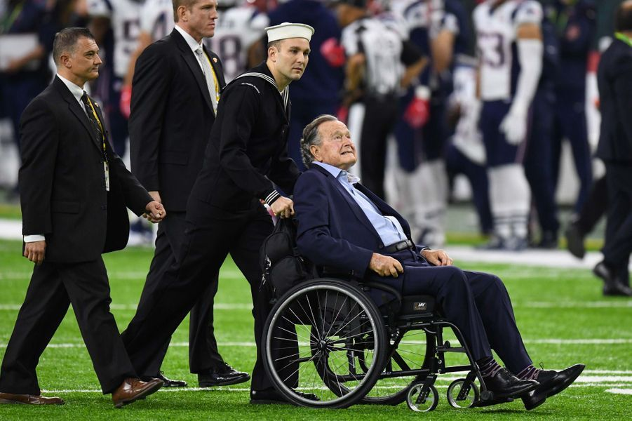 George H W Bush au Superbowl à Houston en février 2017