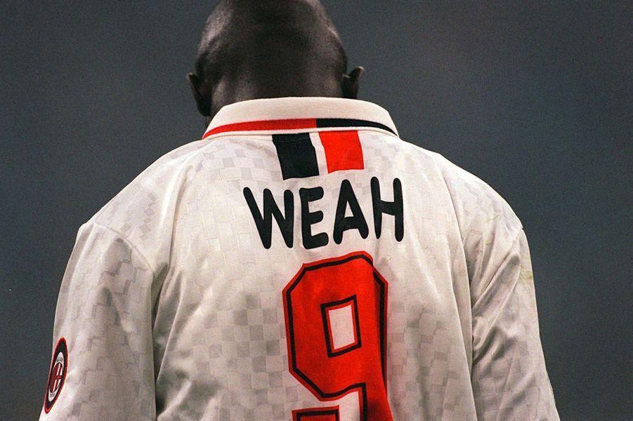 George Weah avec l'AC Milan, en avril 1997.