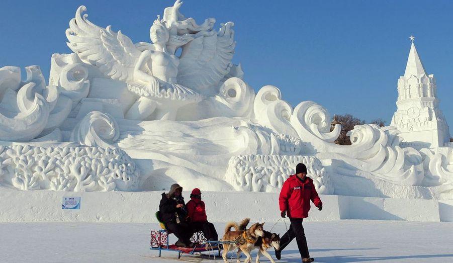 Harbin est en concurrence avec la ville japonaise de Sapporo, qui organise chaque année un festival similaire.