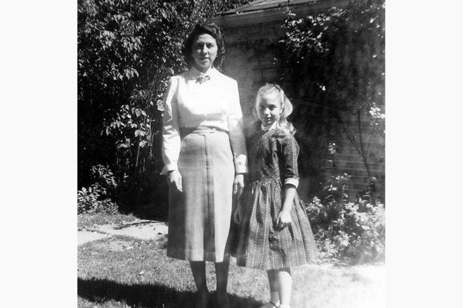 Hillary Clinton enfant avec sa mère Dorothy(photo partagée sur son compte Instagram).
