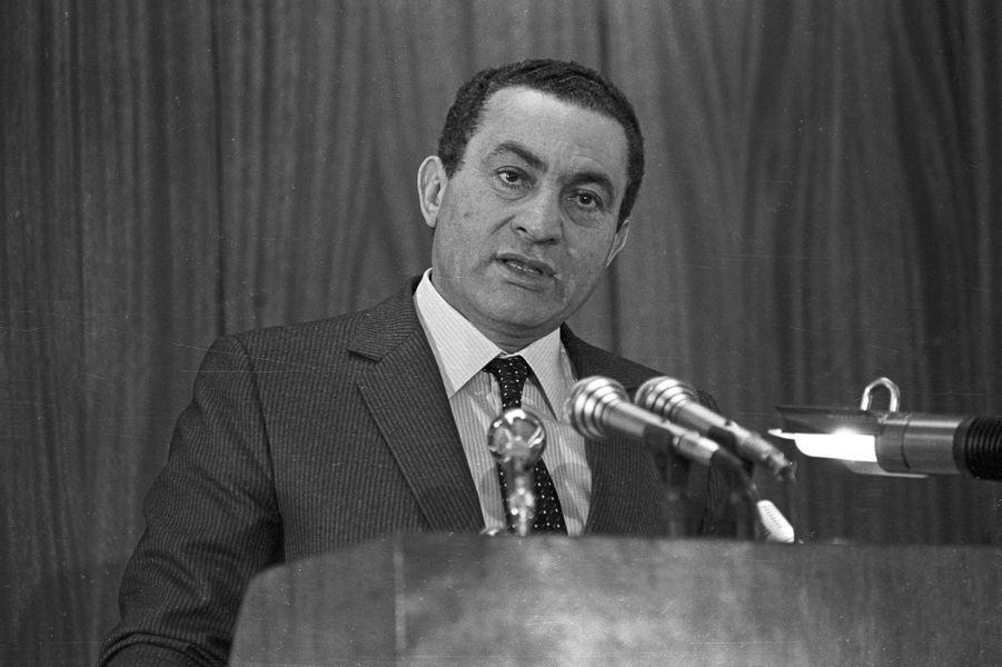 Hosni Moubarak en janvier 1985.