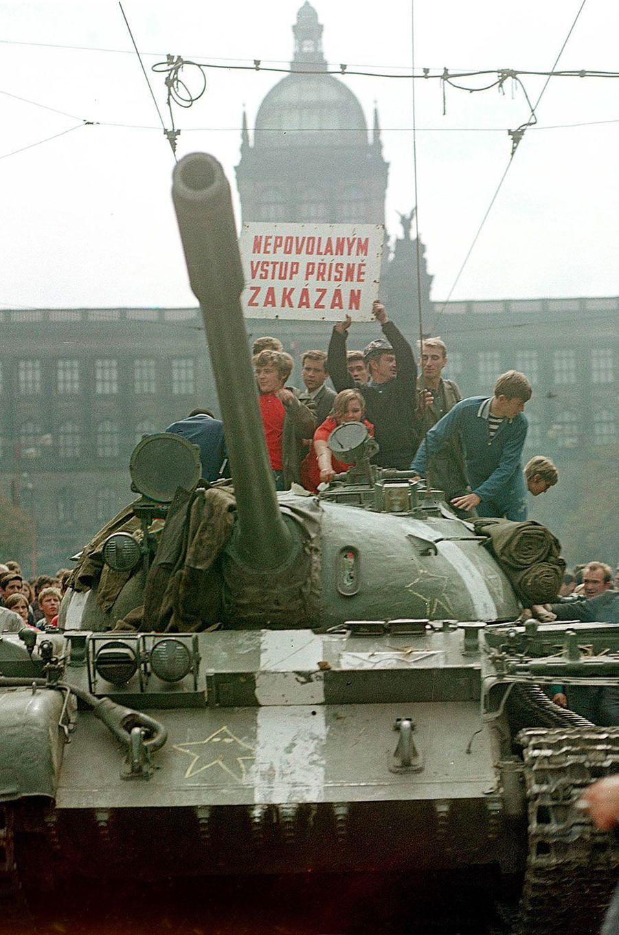 Manifestation dans les rues de Prague, en mai 1968.