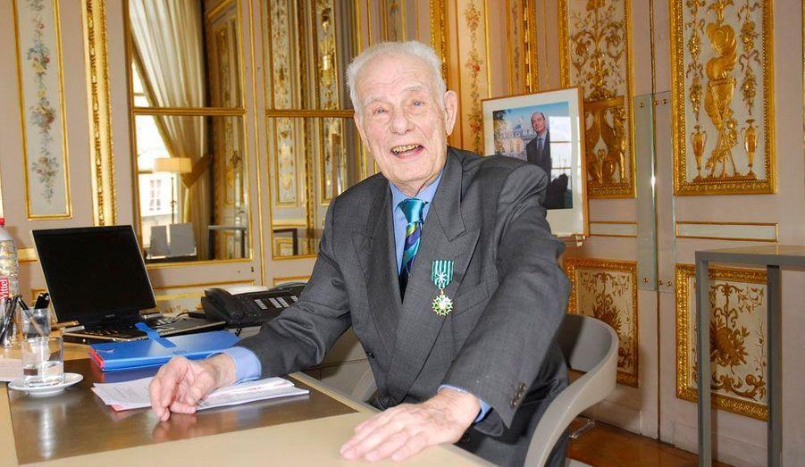 L'humoriste et chansonnier est mort le 23 octobre à l'âge de 82 ans. Il a eu une longue carrière à la télévision, au théâtre et dans le rire.