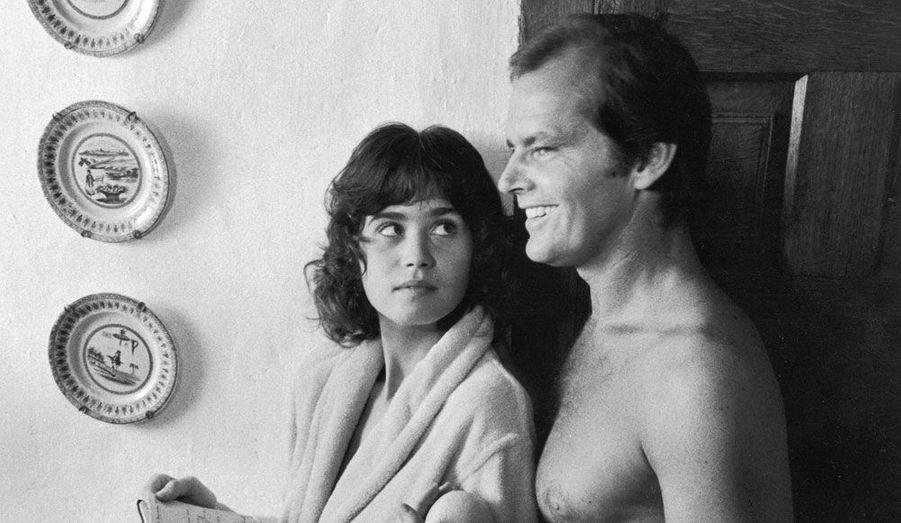 La comédienne française est décédée le 3 février à 58 ans. Connue pour son rôle dans Le Dernier tango à Paris aux côtés de Marlon Brando, elle est ici photographiée avec Jack Nicholson dans Profession: reporter.