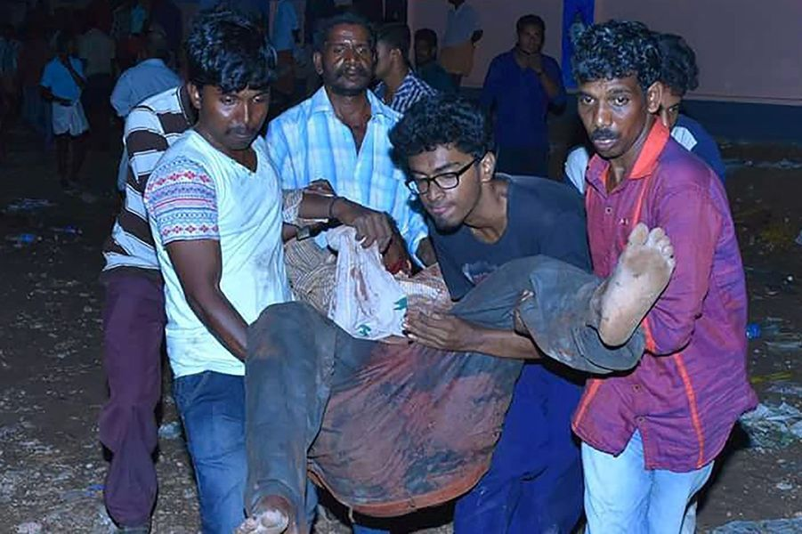 Inde: Le feu d'artifice tourne à la catastrophe