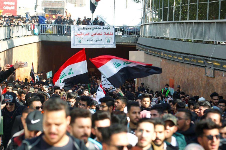 Manifestation à Bagdad, en Irak, le 29 décembre 2019.