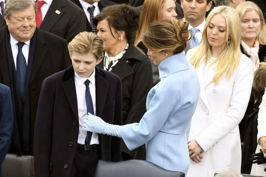 Barron et Melania Trumpà l'investiture de Donald Trump, le 20 janvier 2017.