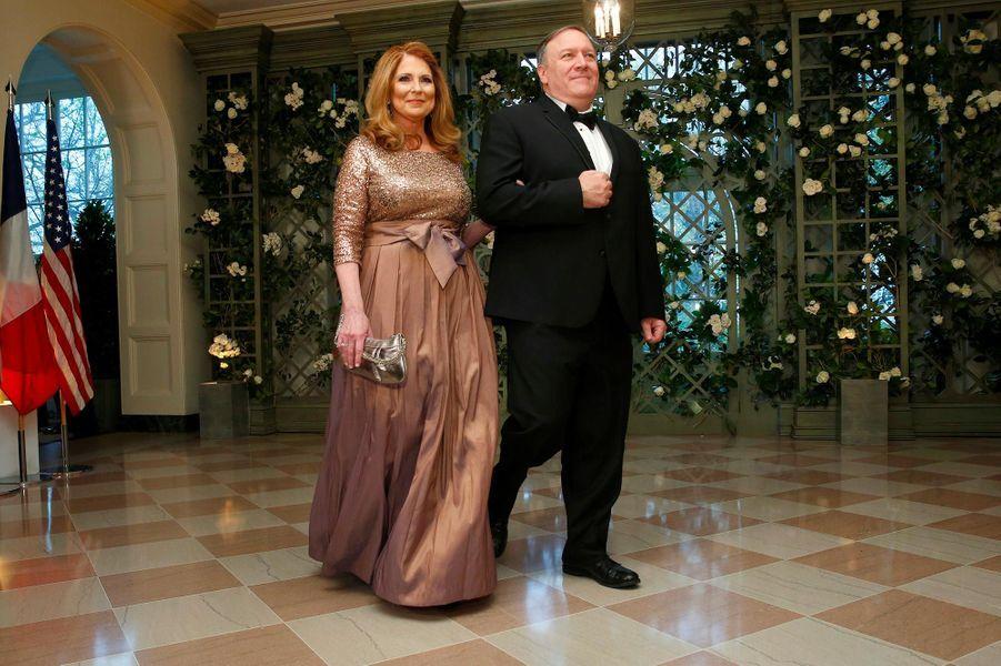 Susan et Mike Pompeoau dîner d'Etat à la Maison-Blanche, le 24 avril 2018.