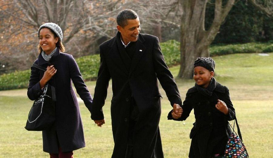 Après de courtes et studieuses vacances à Hawaï, Barack Obama est rentré en famille à Washington.