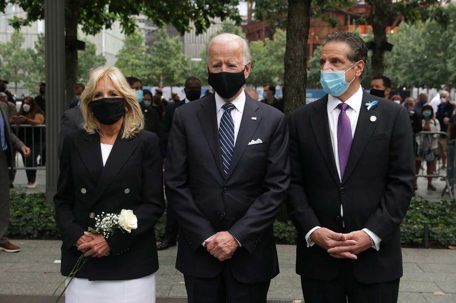 Jill Biden, Joe Biden et Andrew Cuomoontassisté à une cérémonie de commémoration à New York, 19 ans après les attentats du 11-Septembre.