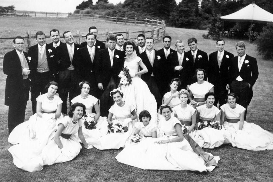 Jackie et John F. Kennedy le jour de leur mariage, le 12 septembre 1953.