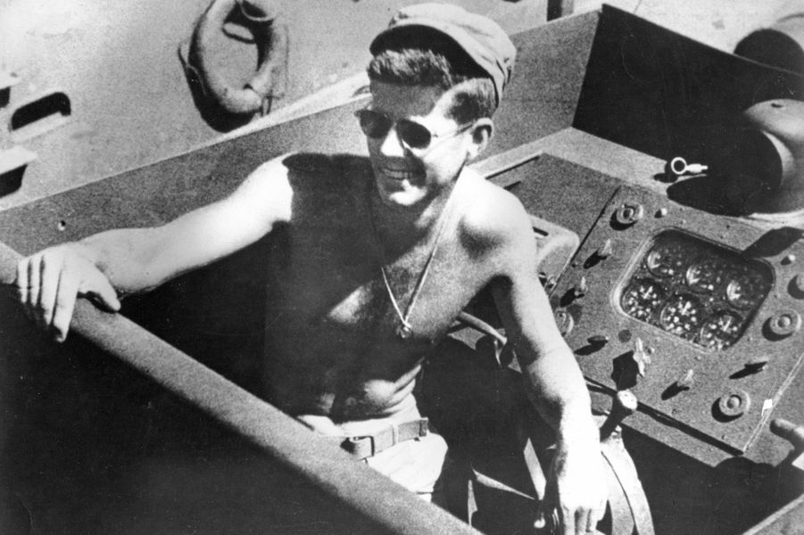 John F. Kennedy en 1942, durant la Seconde guerre mondiale.