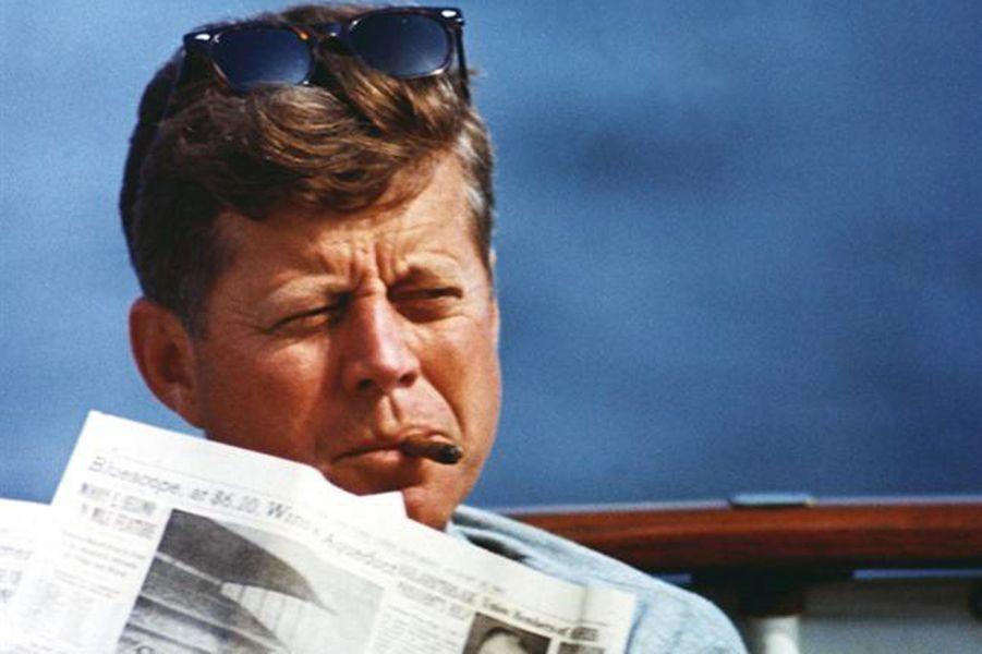 John F. Kennedy à bord duHoney Fitz, en août 1963.