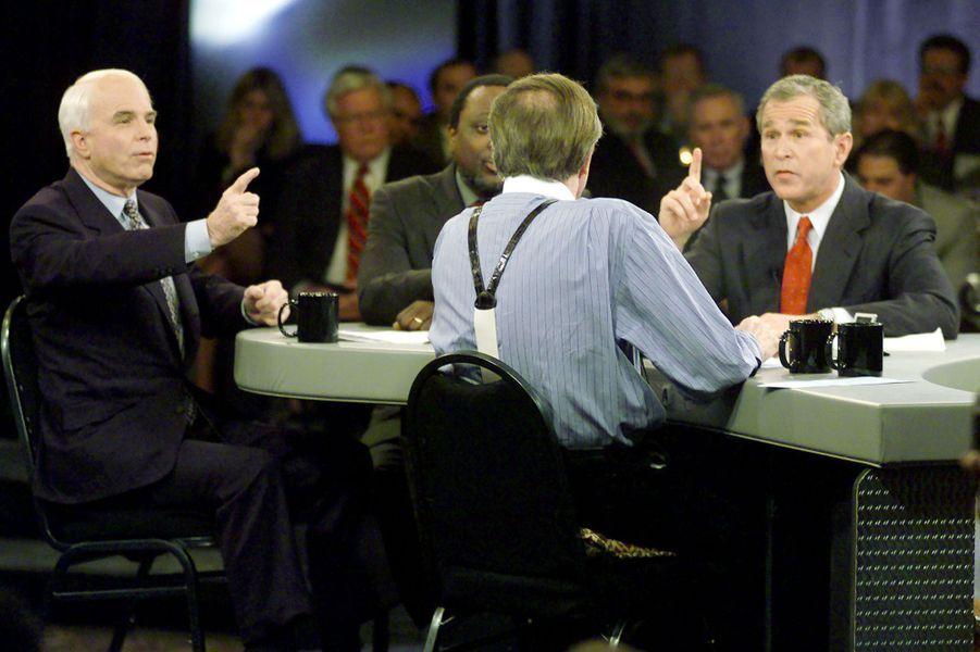 John McCain et George W Bush en février 2000