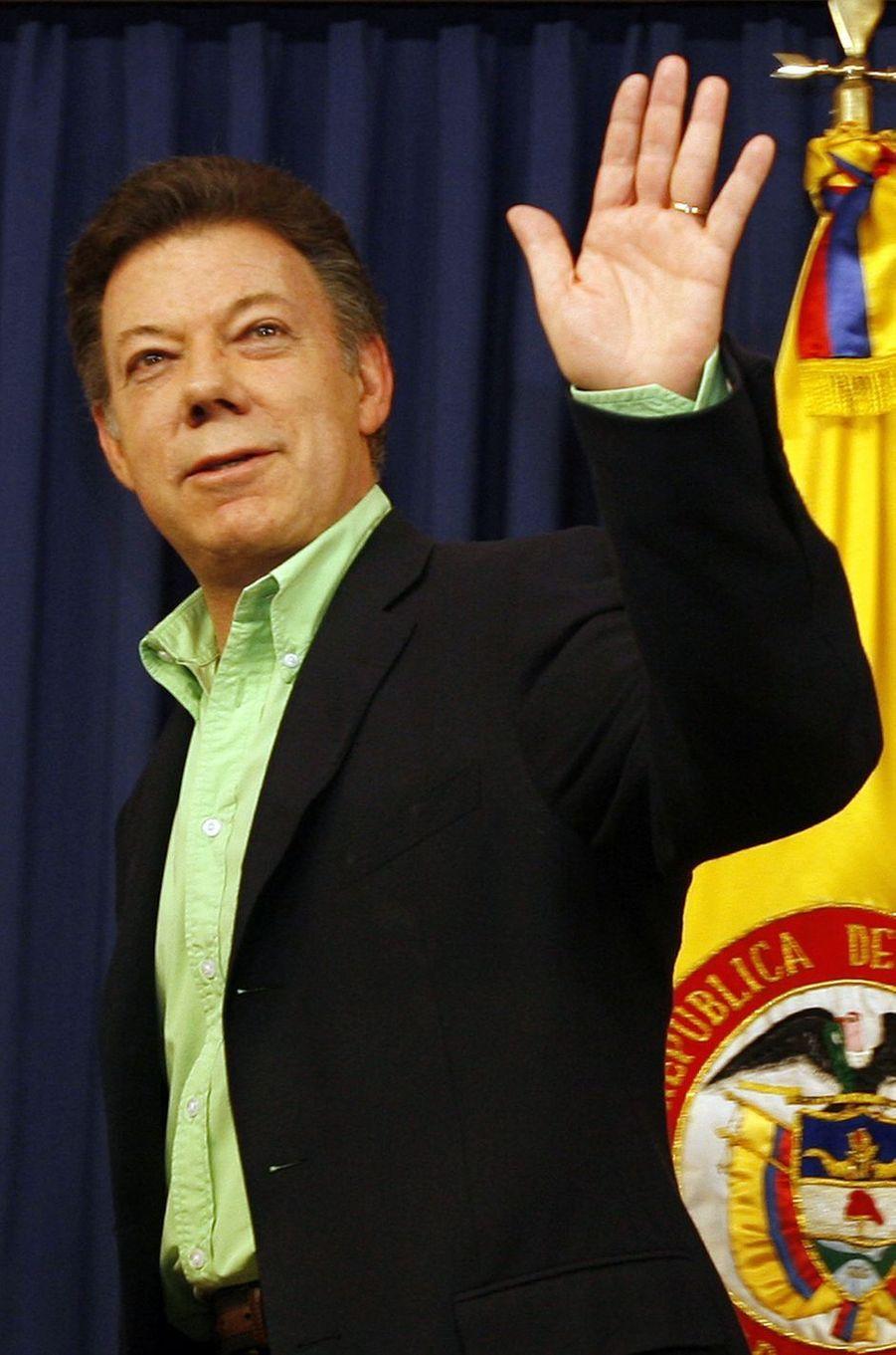 Juan Manuel Santos, alors ministre de la Défense, à Bogota, en mars 2008.