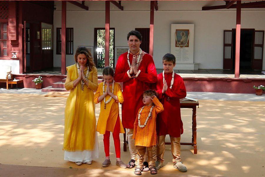 Le Premier ministre canadien Justin Trudeau et sa famille à l'ashram de Sabarmati, le 19 février 2018.