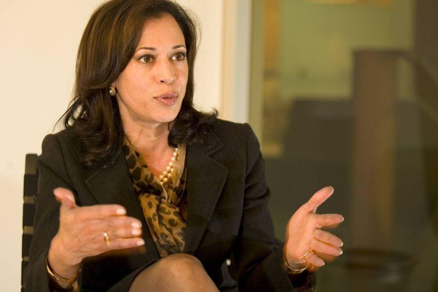 Kamala Harris alors procureure générale de Californie, en octobre 2009.