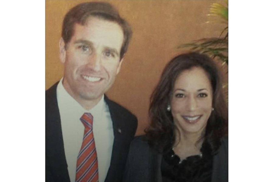 Beau Biden et Kamala Harris, respectivement procureur général du Delaware et de Californie, en 2013.