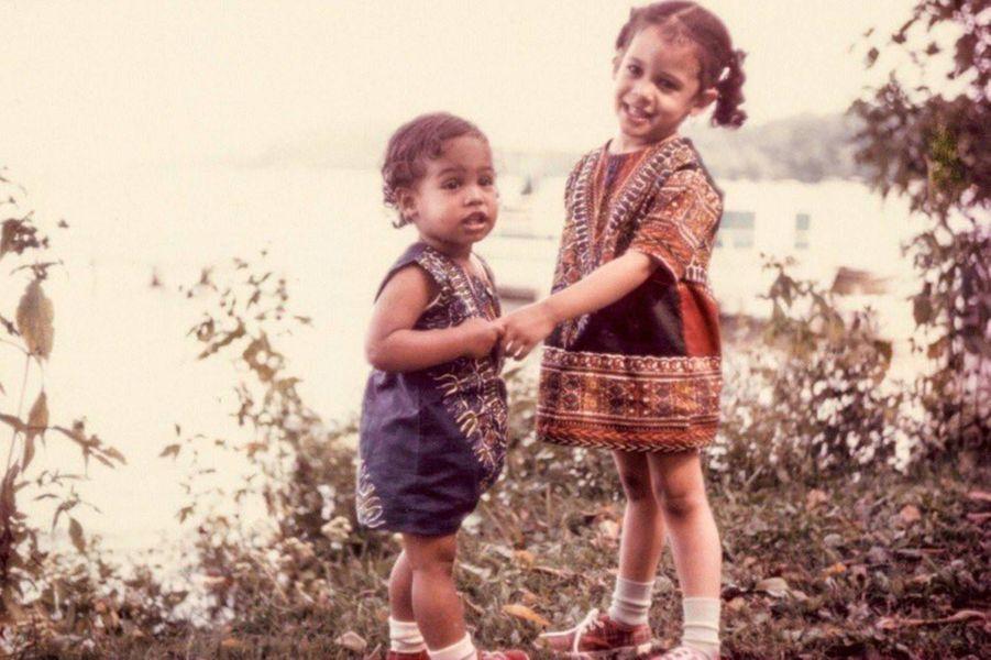 Kamala Harris enfant et sa soeur Maya Harris.