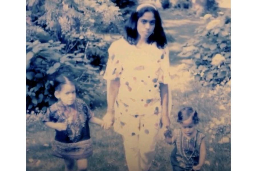 Kamala et Maya Harris avec leur mèreShyamala Gopalan.