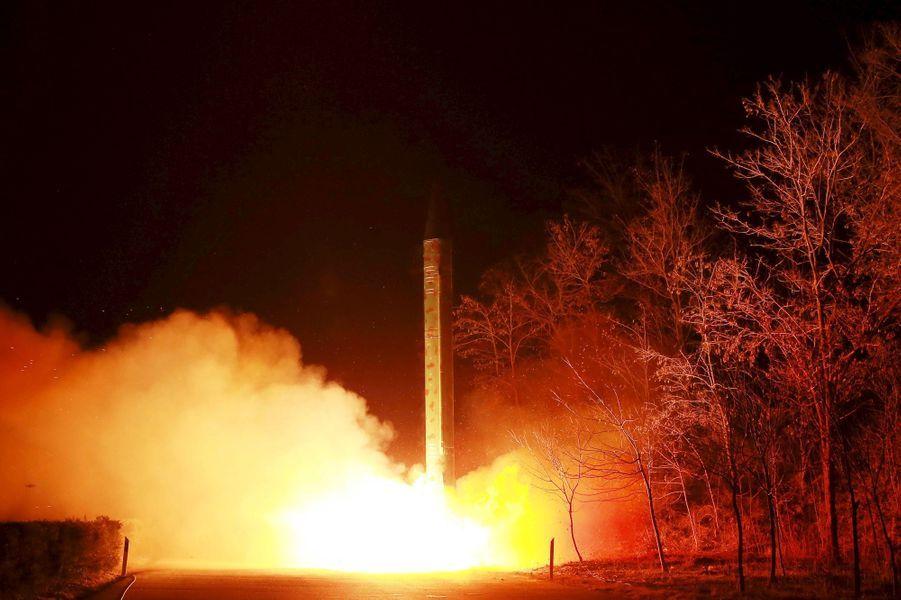 Kim Jong-un menace encore de frappes nucléaires