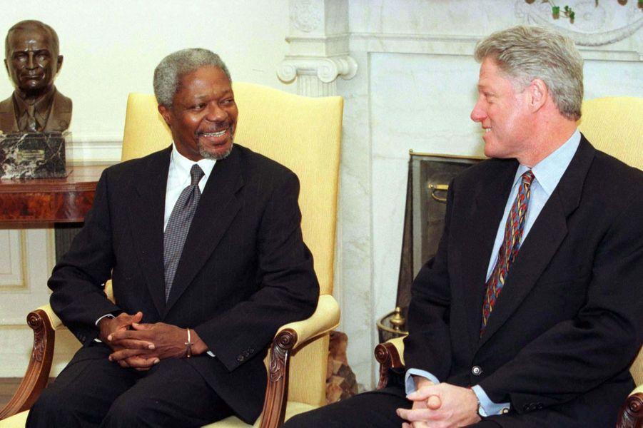 Avec Bill Clinton en 1997 à la Maison Blanche