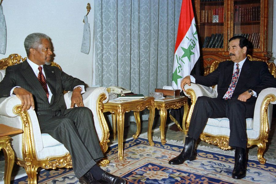 AvecSaddam Hussein, en 1998, à Bagdad